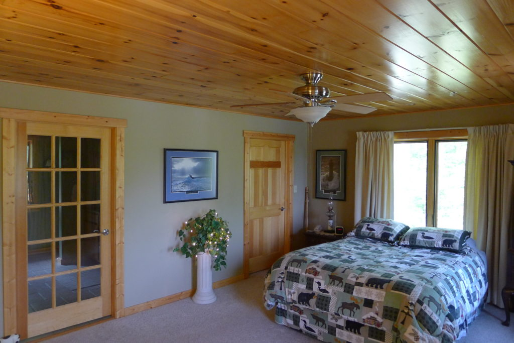 Chesapeake post & beam home bedroom